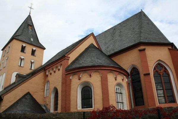 Pfarrkirche St. Georg in Euskirchen – Putz- und Natursteinarbeiten